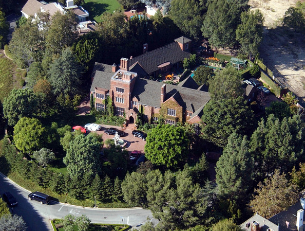 The Most Stunning Celebrity Homes Of All Time - lonny.com