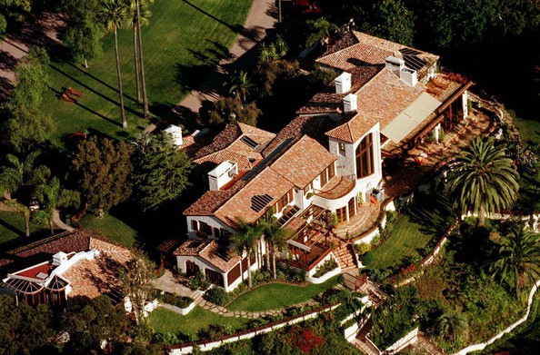 photo: house/residence of friendly talented  3500 million earning Los Angeles, California, USA-resident