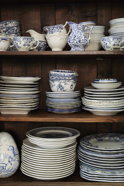 Dishware Photos (4 of 7) []