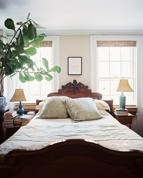 Bedroom photos 425 of 1589 lonny for Bedroom ideas with two windows