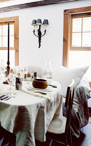 Country dining room photos 47 of 178 lonny for Country living modern rustic issue 4