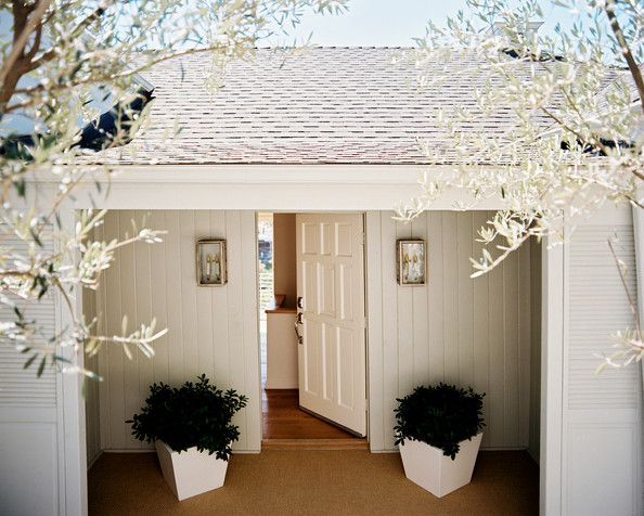 Covered Entry Photos Design Ideas Remodel And Decor