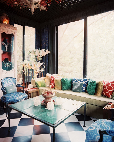 Eclectic - Colorful pillows and malachite patterns in a seating area