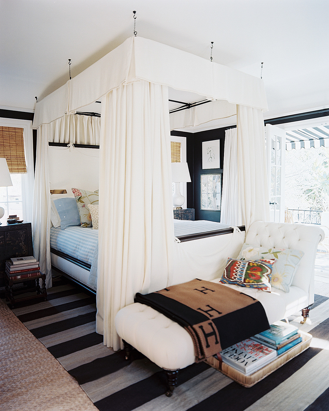 3 Ways With Bedroom Benches Design Inspiration Lonny