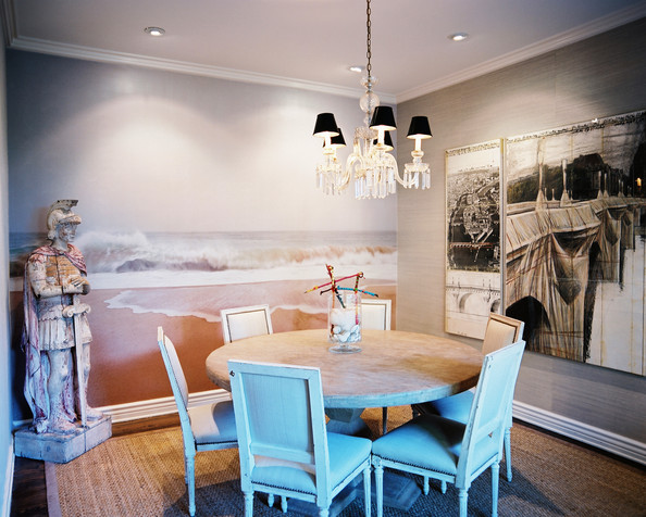 French dining room photos 30 of 32 lonny for Dining room mural wallpaper