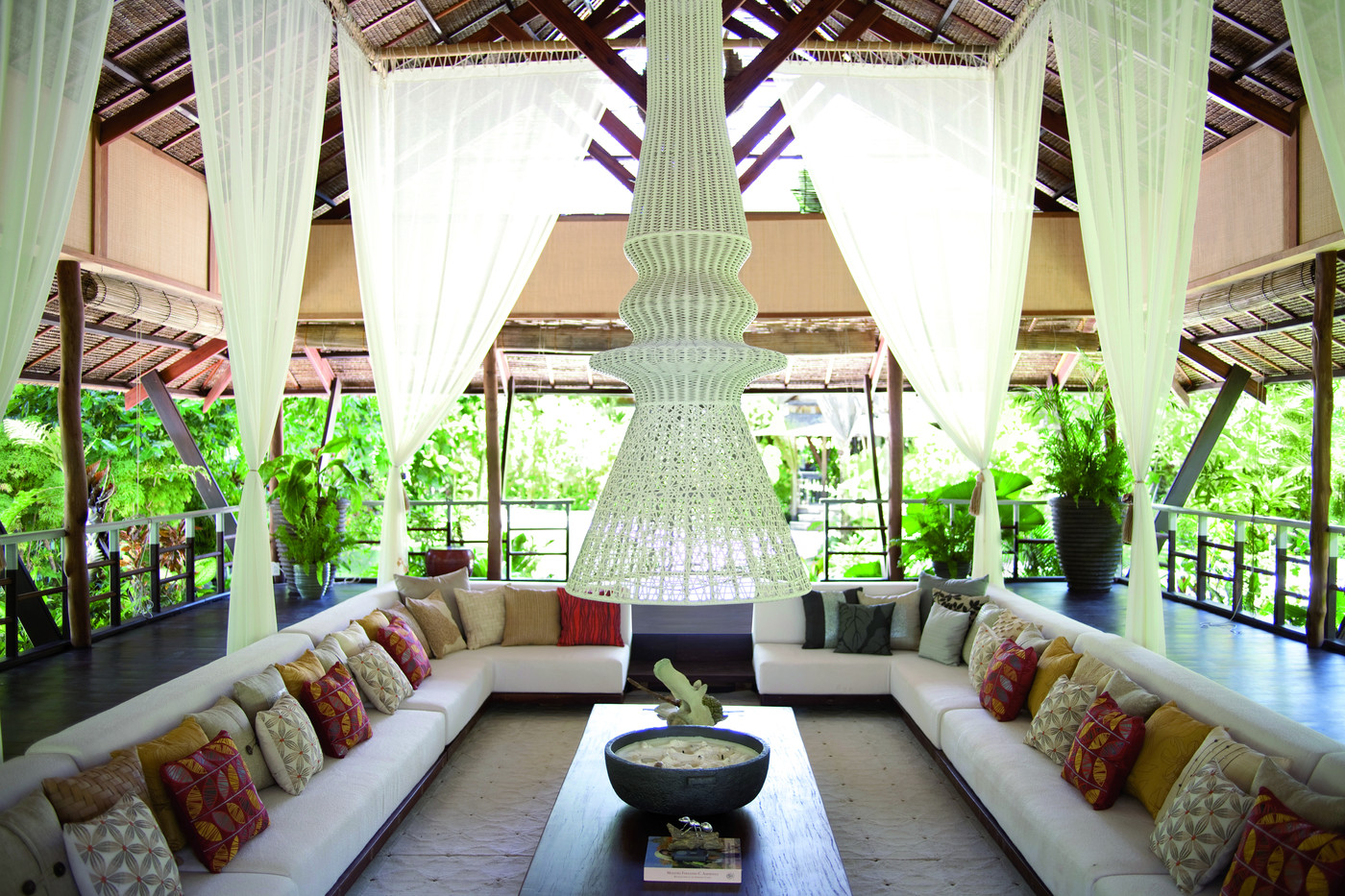 Asian furniture photos 13 of 38 for Tropical living room furniture