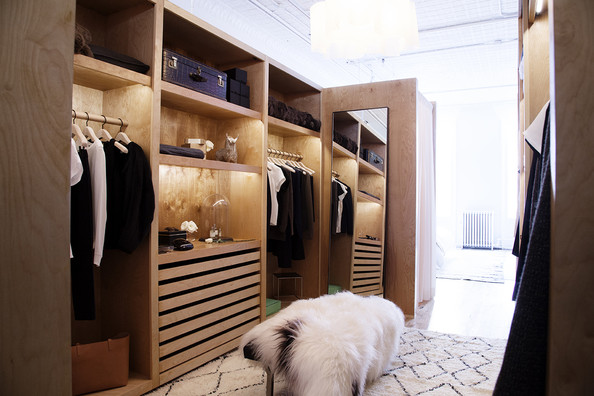 Marvelous Modern Closet Photos (4 Of 36)