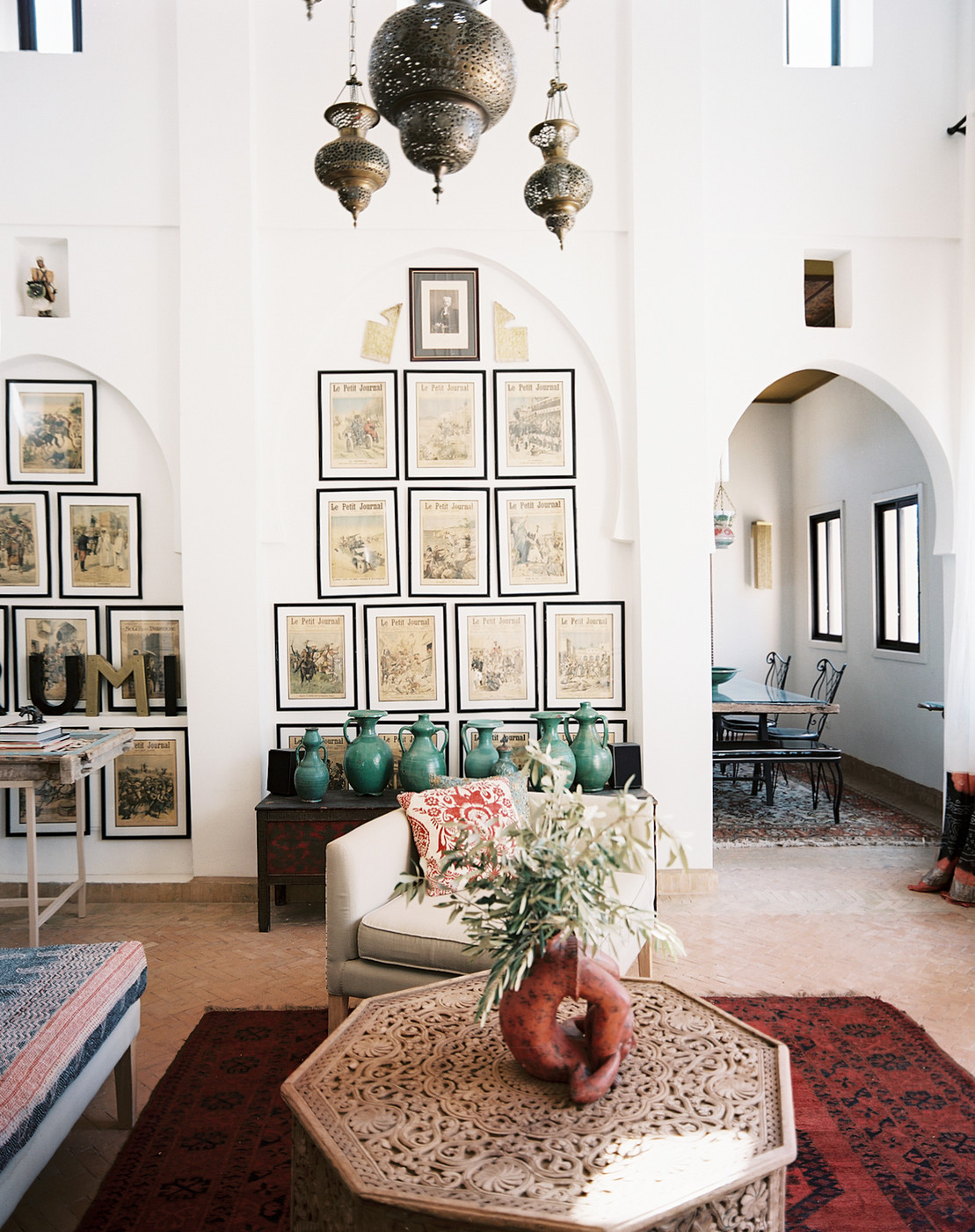 Moroccan coffee table photos design ideas remodel and decor lonny - Remarkable moroccan living room style ...