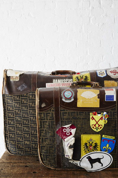 Vintage Suitcases Photos (1 of 3)