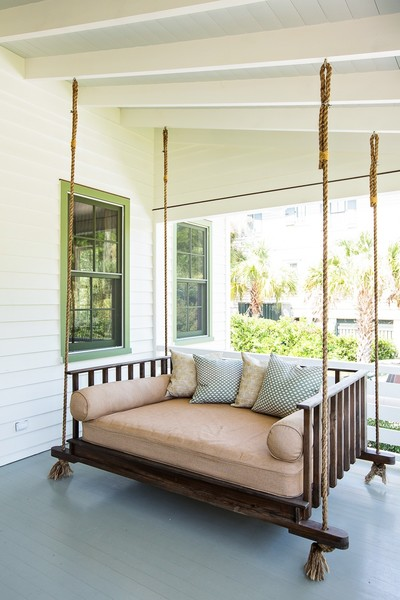 Brown Porch Swing Photos (1 of 1)
