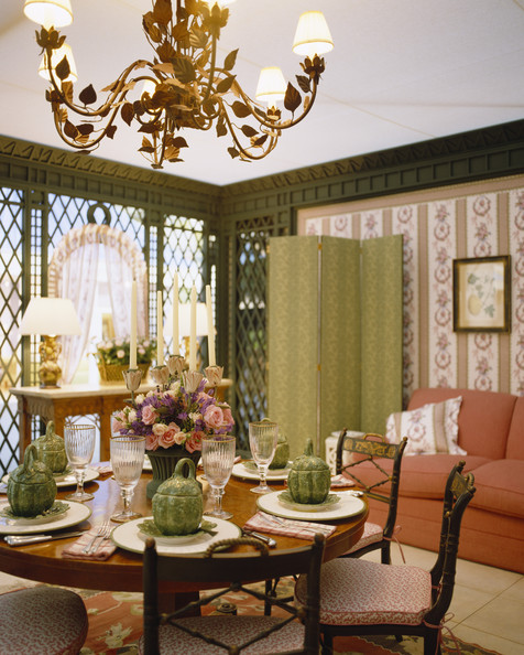 Traditional dining room dining room decorating ideas lonny for Dining room decorating ideas traditional