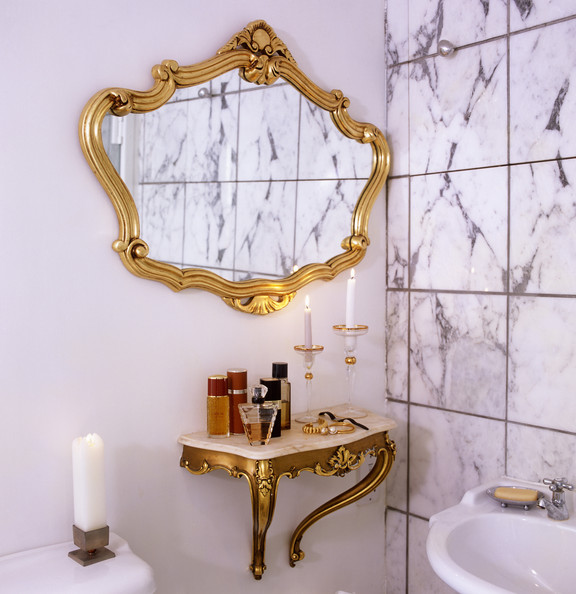 Neutral Bathroom Decor