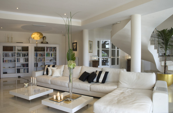 L Shaped Seating Photos Design Ideas Remodel And Decor