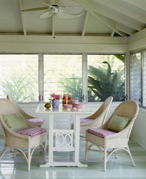 Enclosed Porch Decorating Ideas: Enclosed Porch Country Style Decor