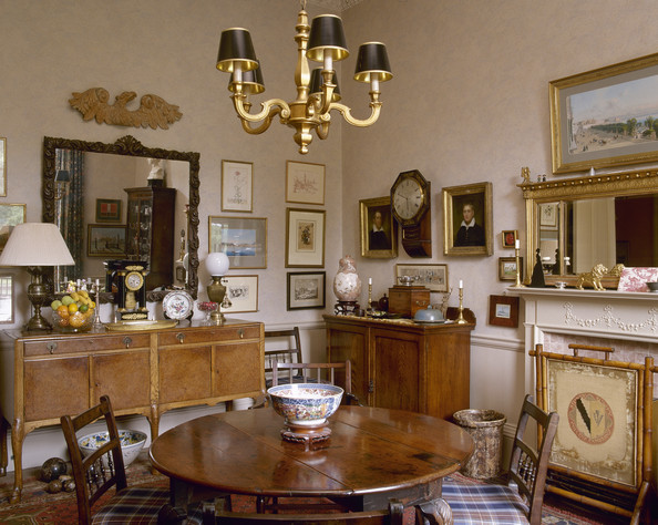Drawing Room Photos (5 of 242) []