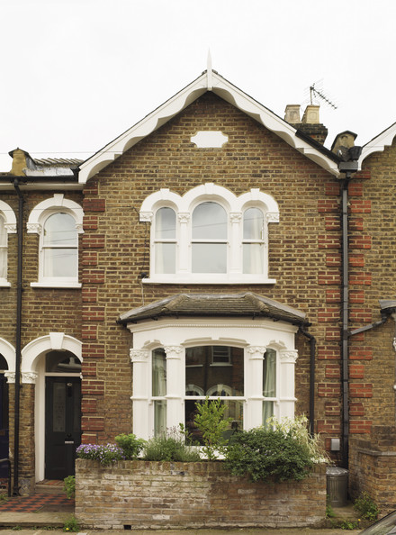 Terraced house photos design ideas remodel and decor for Front garden designs for terraced houses