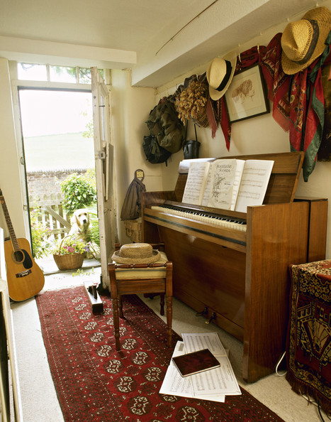 Upright Piano Photos Design Ideas Remodel And Decor