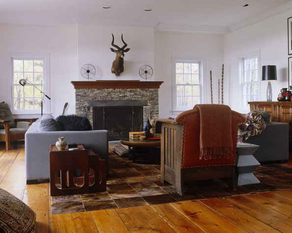 Brown Country Living Room