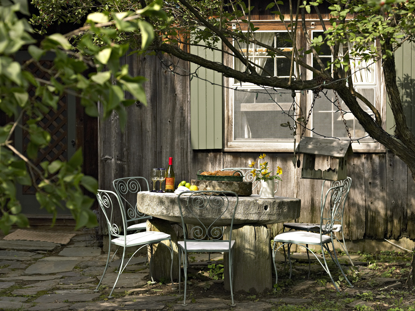 Country Patio - Outdoor Patio Design Ideas - Lonny on Country Patio Ideas id=47291