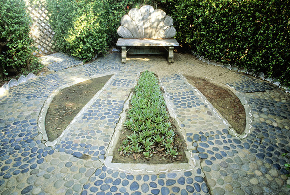 Contemporary Landscaping Photos (44 of 52) []