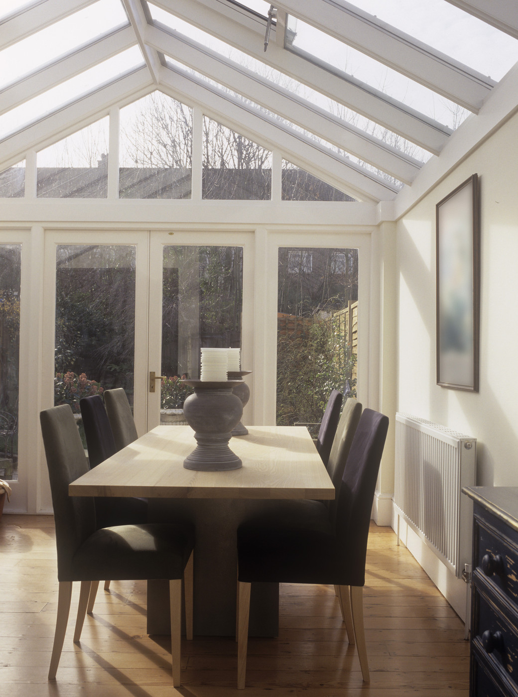 Modern Conservatory Dining Room Decorating