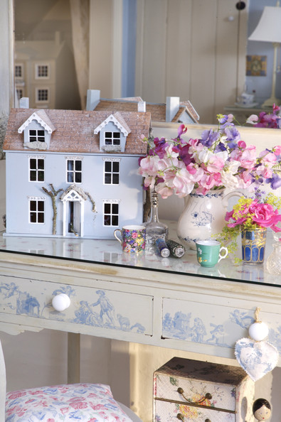 Dressing Table Photos (37 of 98) []