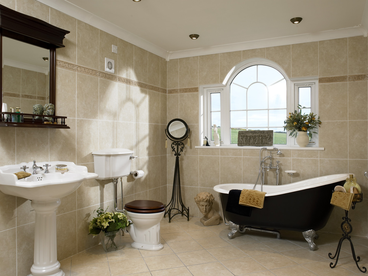 Freestanding roll top bath photos design ideas remodel for Victorian bathroom design ideas