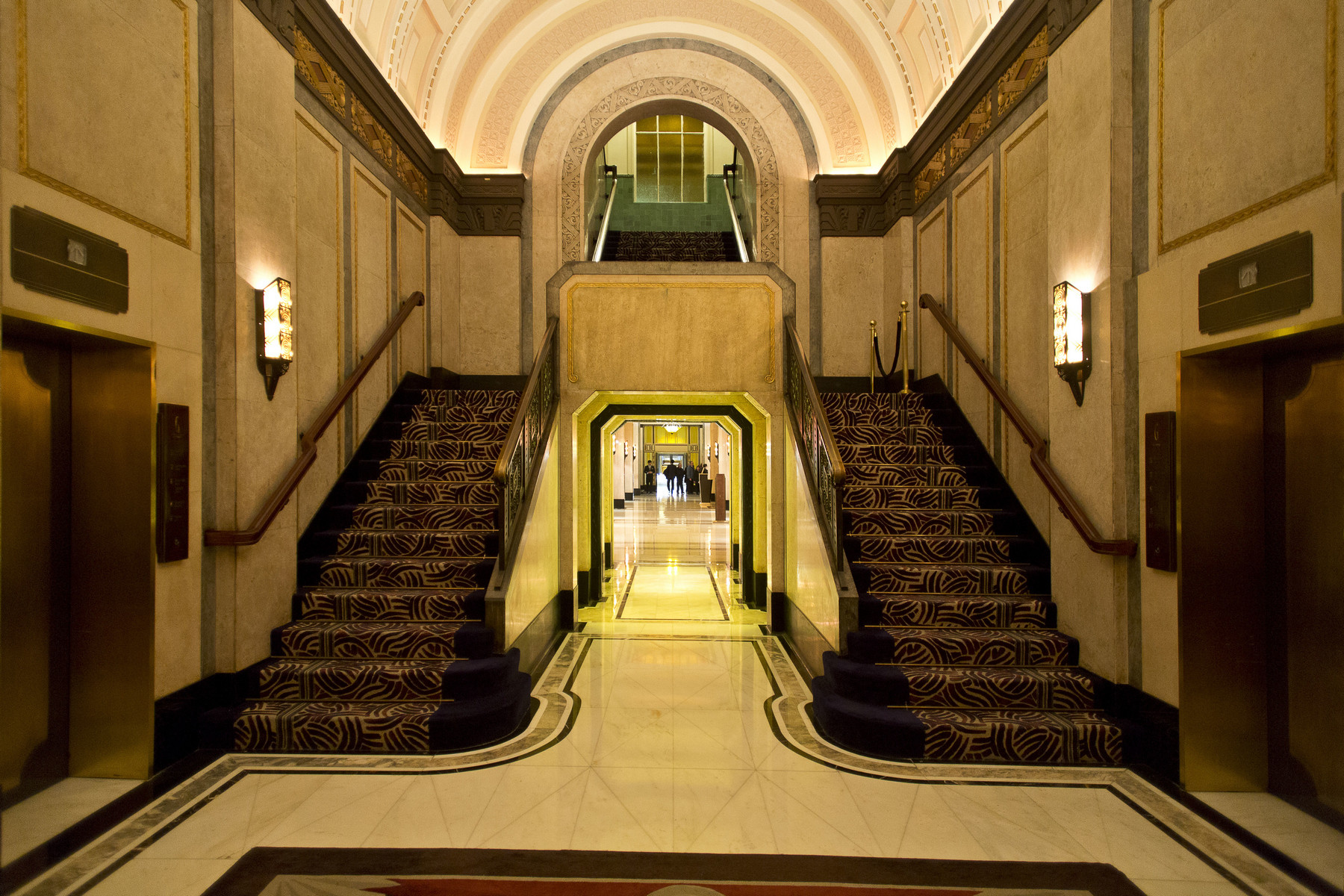 30 Iconic Art Deco Buildings That Will Inspire Your Aesthetic