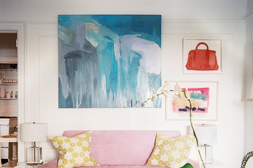 Get the Look : A Vintage-Gone-Girly New York City Living Room
