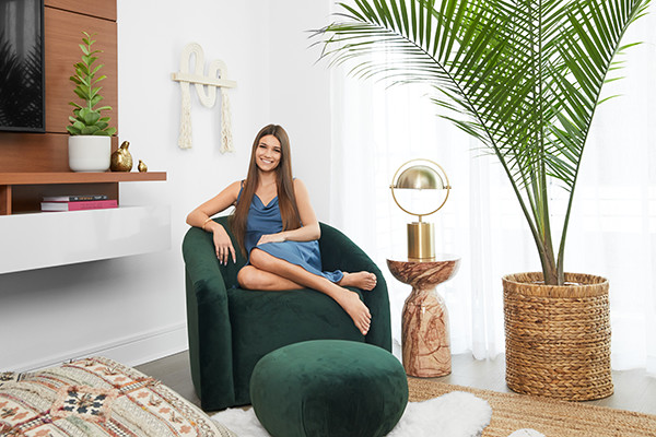 See How 'Cheer' Star Morgan Simianer Decked Out Her First-Ever Apartment