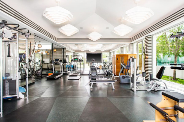 Personal Gym See Gwen Stefani S 35 Million Eclectic