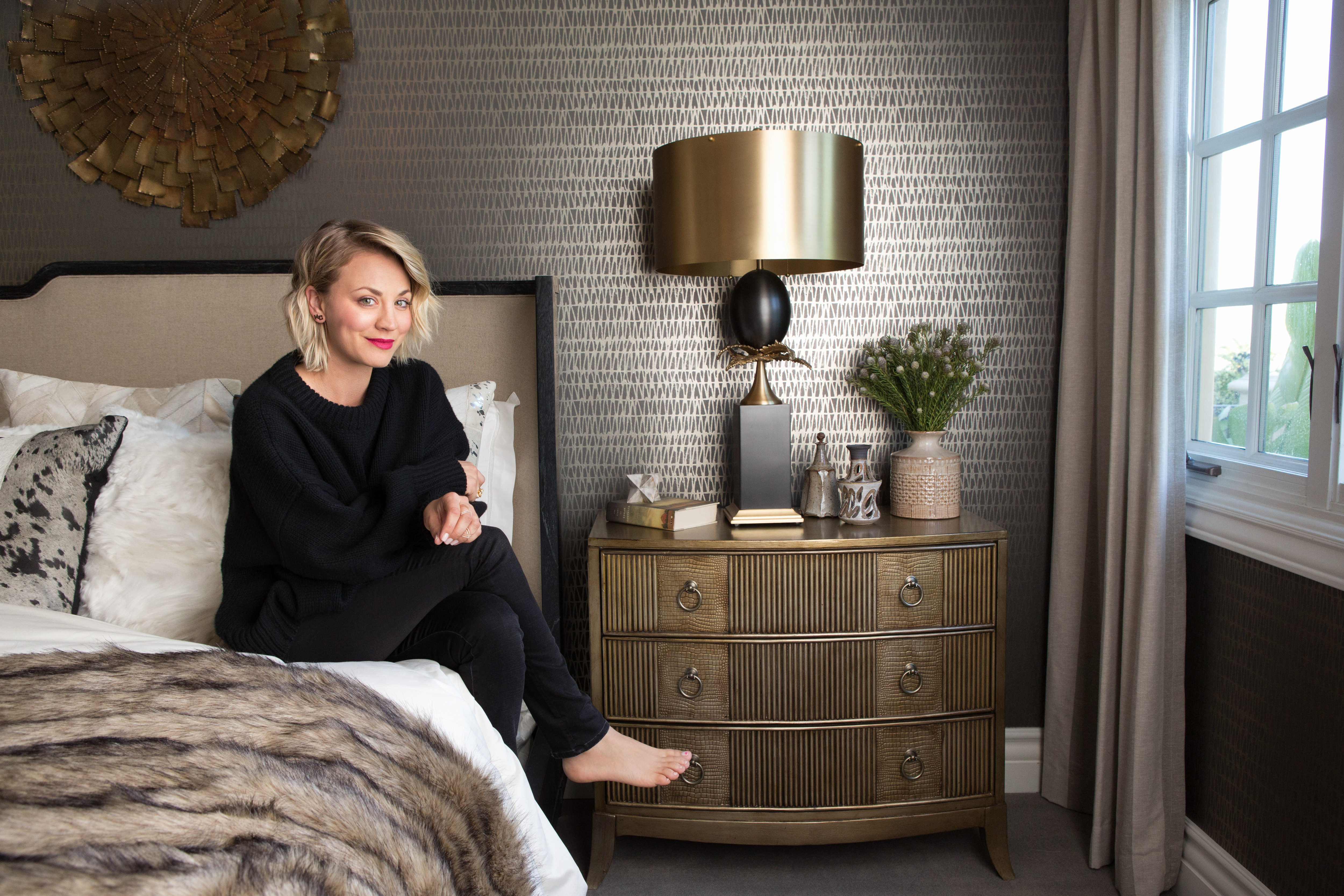 Big Bang Theory Star Kaley Cuoco Revamps Her Guest Room