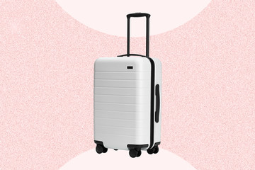 The One Thing Professional Travelers Always Pack