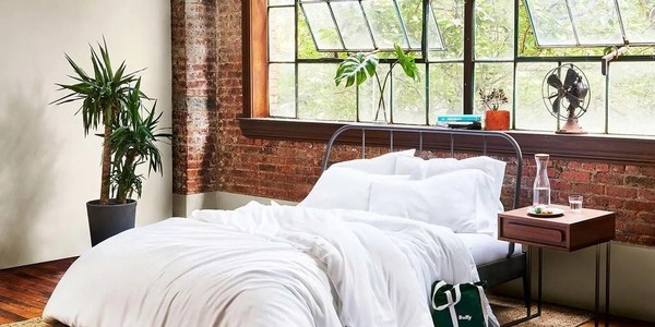 The Best Cooling Sheets For Hot Sleepers