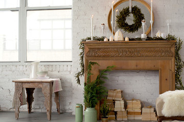 Get the Look: A Festive Holiday Mantel