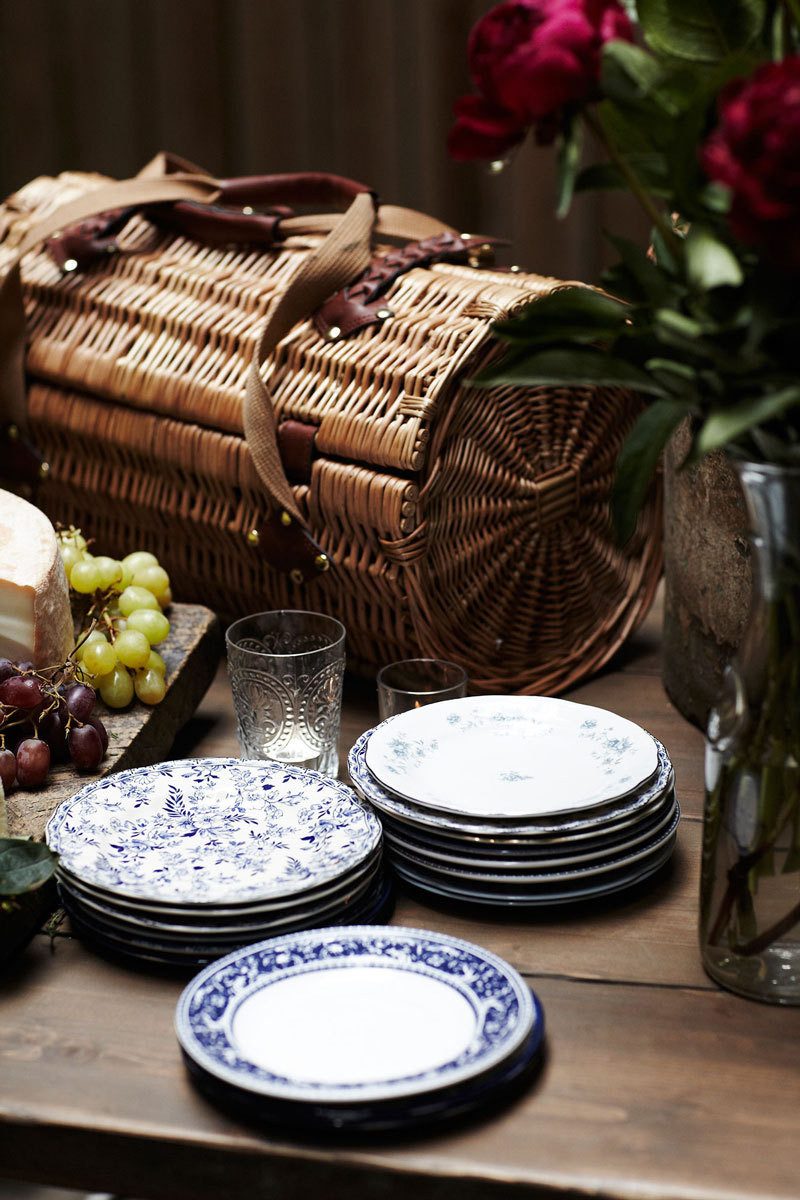 A French Inspired Summer Garden Party Entertaining Idea Of The Day Lonny