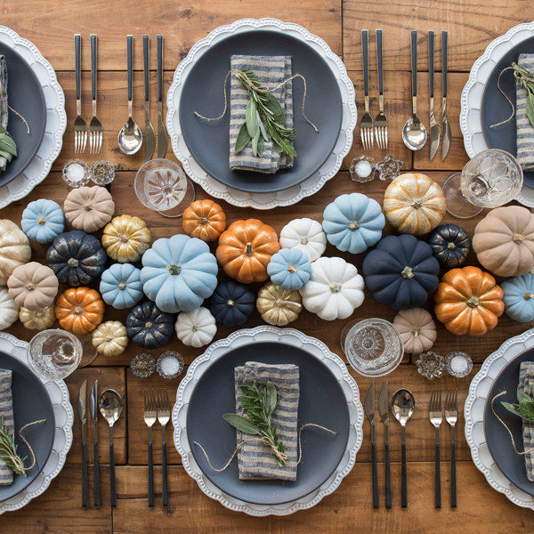 25 Thanksgiving Tablescapes We Can't Wait To Try
