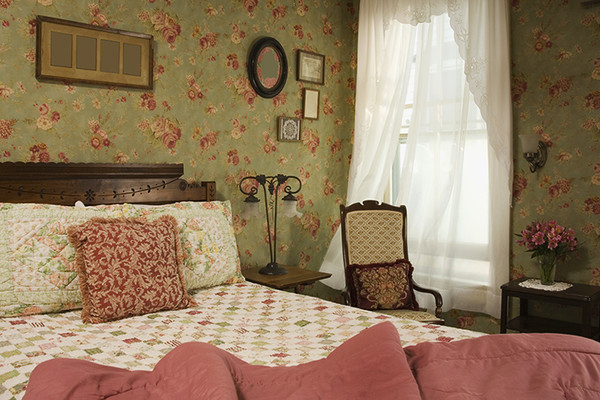 These Are The Worst Bedroom Trends Ever Lonny