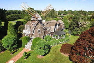 25 Unconventional Celebrity Homes You Need To See To Believe