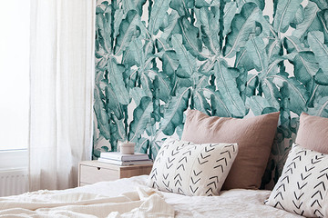 25 Temporary Wallpapers That'll Spice Up Your College Dorm Room