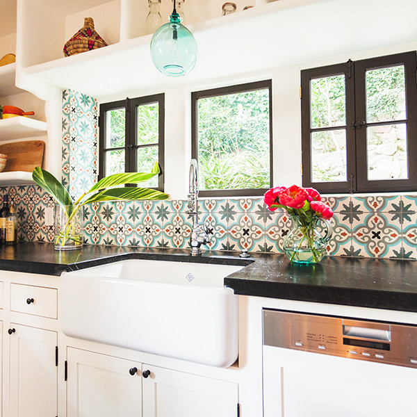 An Interior Designer's Tricks To Amp Up Your Kitchen On A Teeny Budget
