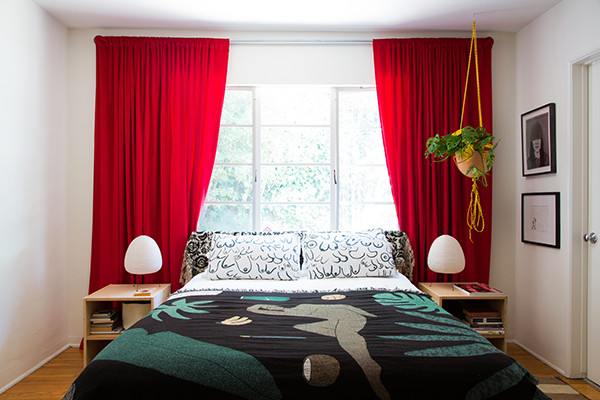 Items To Keep In Your Small Bedroom — And What To Toss