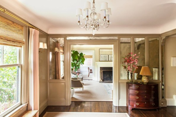 10 Tips For A Sophisticated Yet Welcoming Home