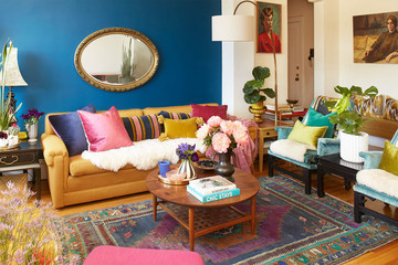 Take A Peek Inside This Bold And Beautiful Oakland Apartment