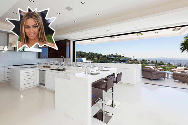 Beyonce jay z the best celebrity kitchens ever lonny for Nicest kitchen ever