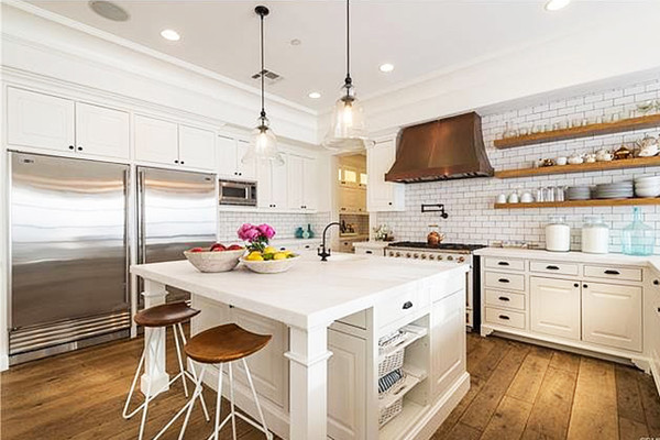 Kitchen Goals - Explore Lauren Conrad\'s Gorgeous Pacific Palisades ...