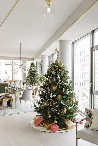 West Elm Christmas Ornaments.You Need To See The West Elm Holiday House Pop Up In Nyc Lonny