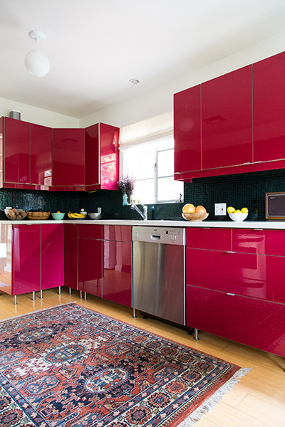 Kitchen Cabinets Should Be Stained Wood
