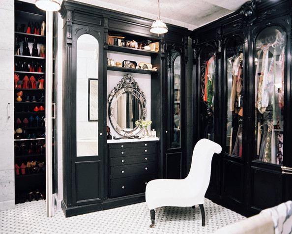 How to Incorporate Color in Your Closet | Lonny.com