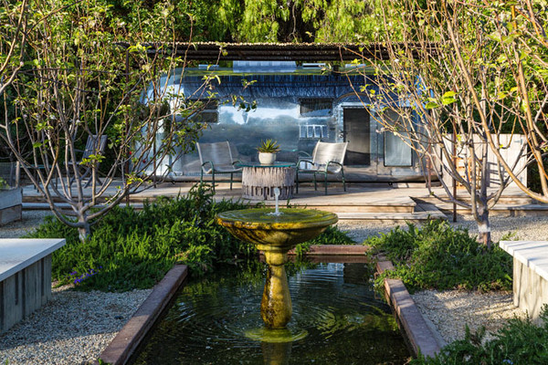 The Airstream Patrick Dempsey S Malibu Home Lonny